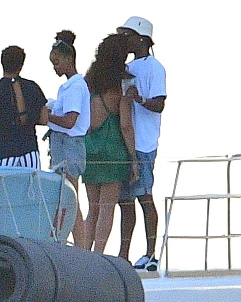 rihanna and aap rocky kissing