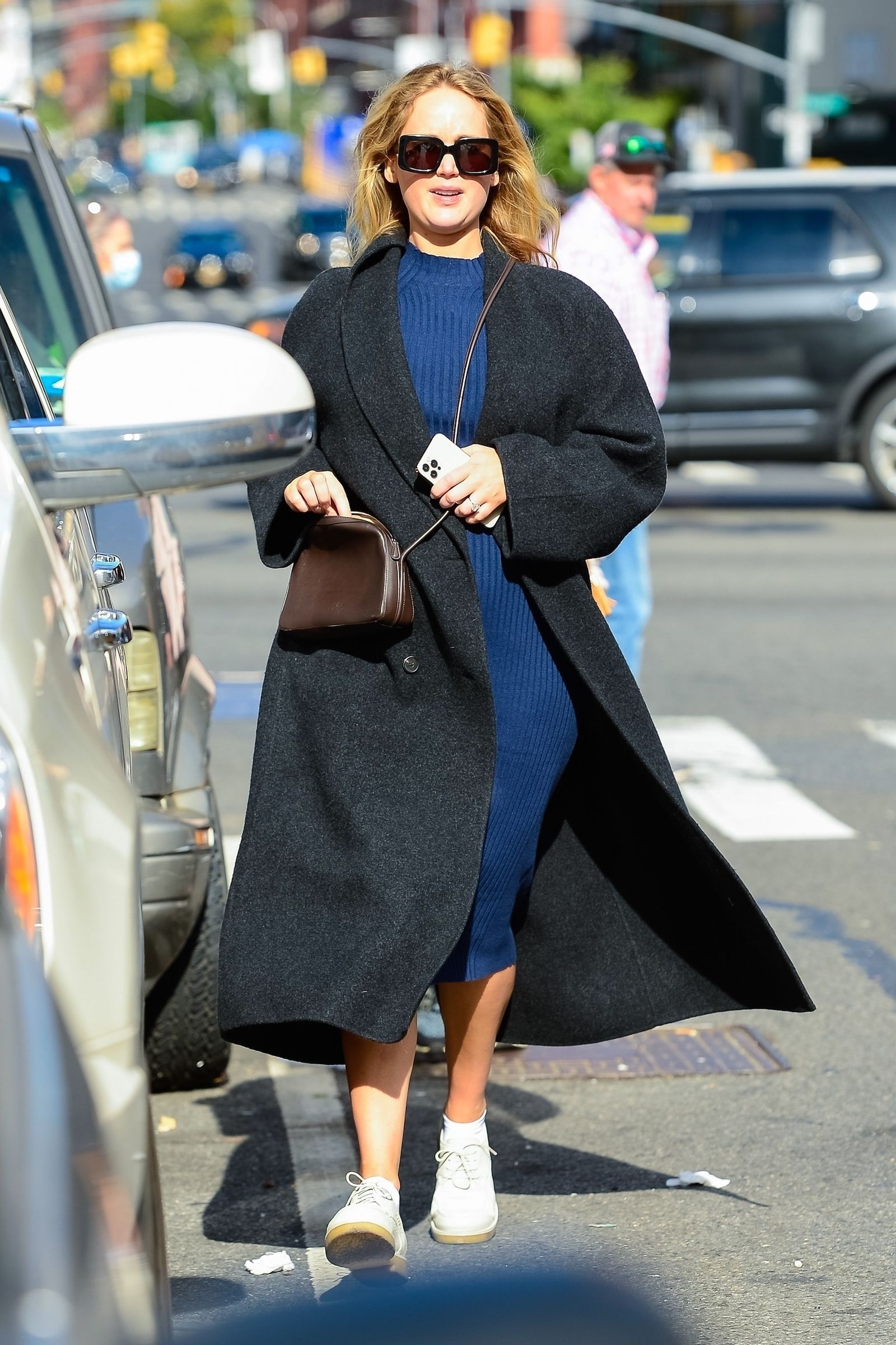 Jennifer Lawrence Is Ready for Fall In Her Warm Maternity Look