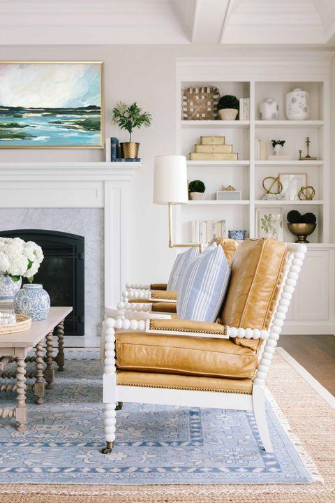 Living room, Room, Furniture, White, Blue, Interior design, Home, Property, Wall, Floor,