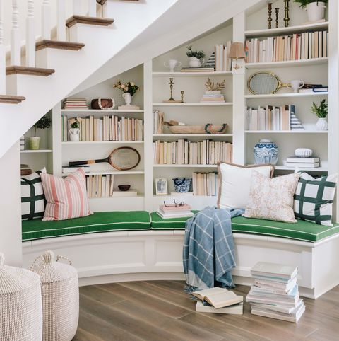 Shelf, White, Living room, Room, Furniture, Interior design, Building, Property, Home, Stairs,