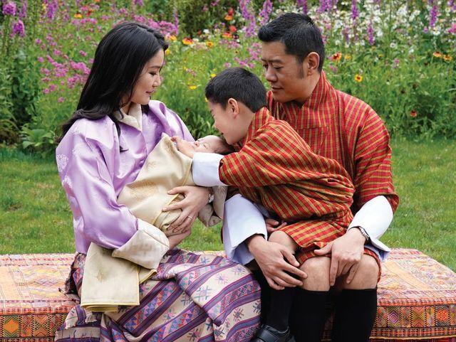 king jigme khesar namgyel wangchuck, queen jetsun pema royal baby