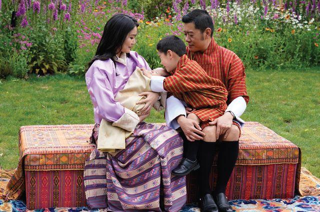 bhutan king jigme queen jestsun pema royal baby