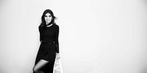 White, Black, Fashion model, Black-and-white, Photograph, Clothing, Shoulder, Standing, Monochrome photography, Photo shoot,