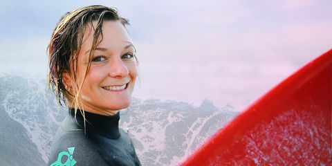 Face, Facial expression, Red, Surfing, Smile, Beauty, Wetsuit, Surfboard, Surfing Equipment, Blond,