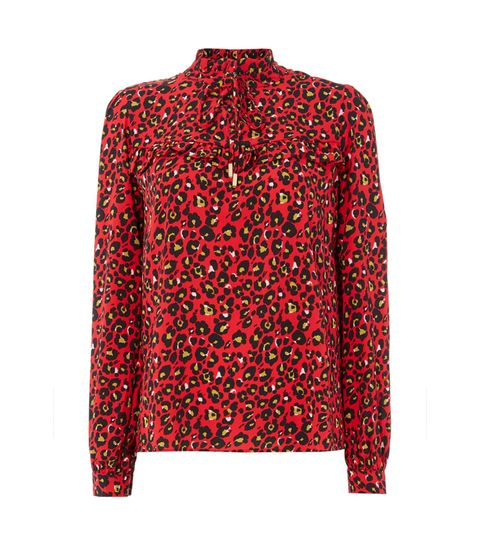 f672f3d8c205a3 Lorraine Kelly Wears Red Animal Print Shirt And It's So Stylish