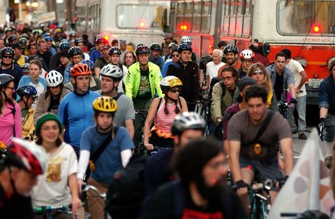 Turns Out, Mandatory Helmet Laws Make Cyclists Less Safe