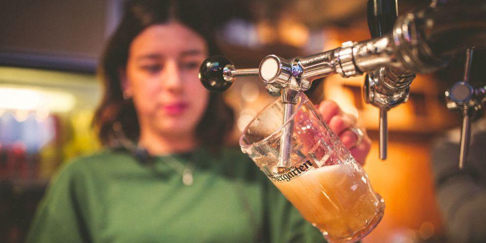 Bier, Biergarten, Amsterdam, Bier drinken in Amsterdam