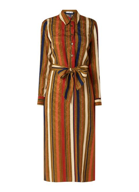 Clothing, Dress, Day dress, Robe, Sleeve, Outerwear, Brown, Fashion, Gown, Nightwear,