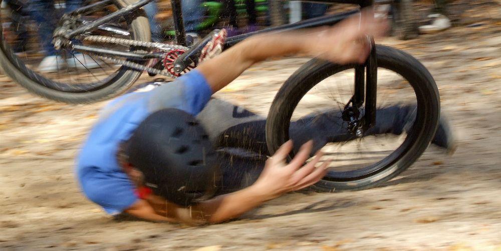 Bike crash helmet