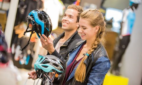 Bicycle helmet, Bicycles--Equipment and supplies, Helmet, Bicycle clothing, Personal protective equipment, Fun, Street fashion, Crowd,
