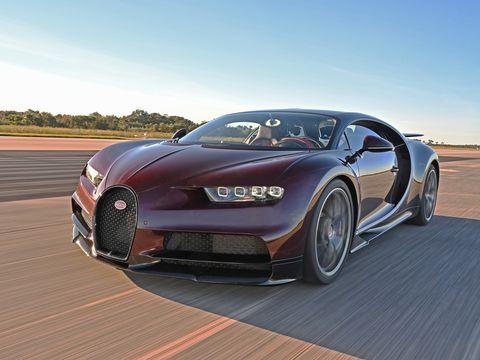 Land vehicle, Vehicle, Car, Sports car, Automotive design, Supercar, Performance car, Bugatti veyron, Bugatti, Luxury vehicle,