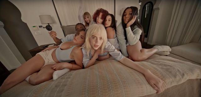 billie eilish isn't 'queerbaiting' in her lost cause video
