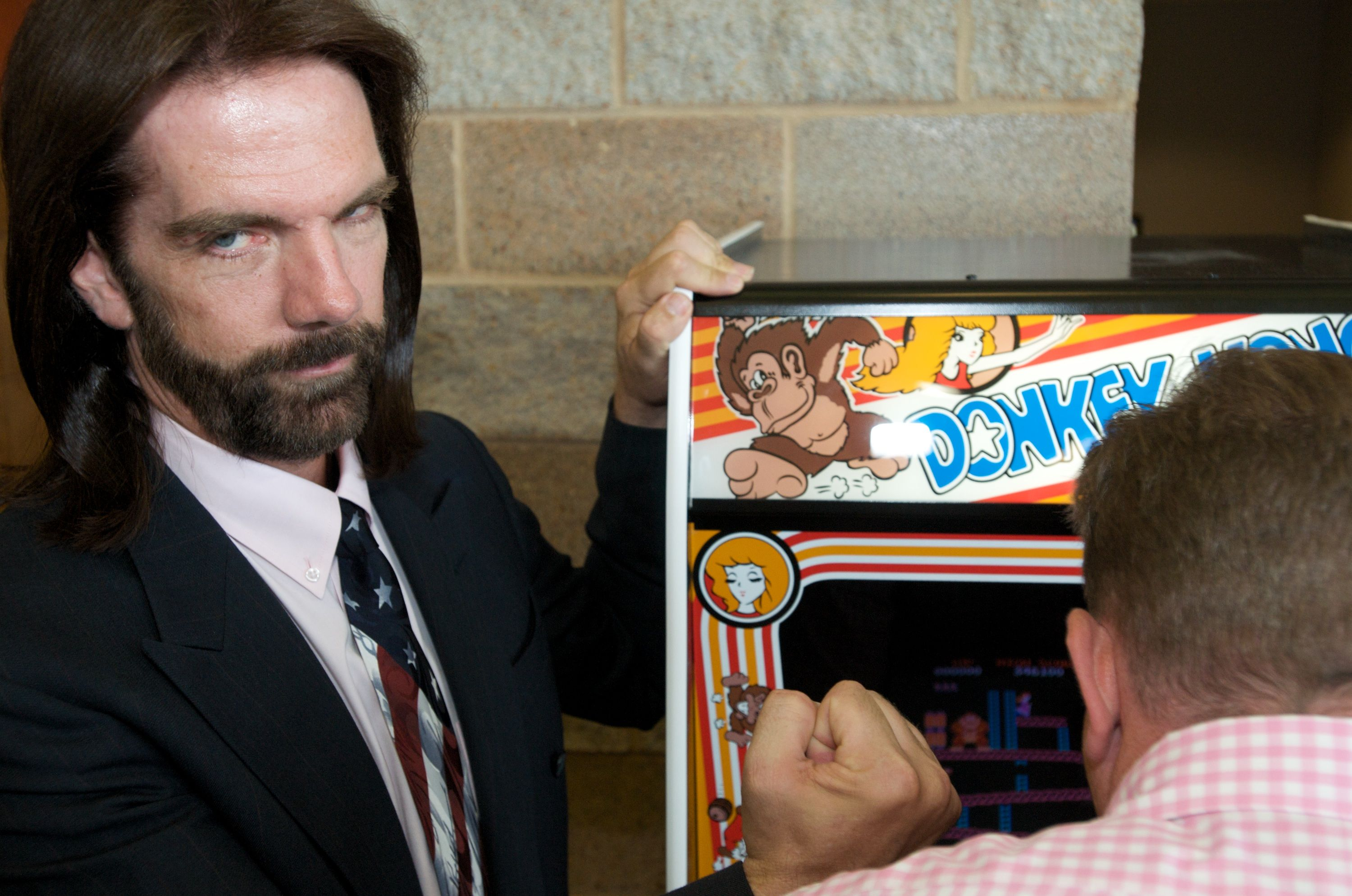 One Man's Long, Ruthless Fight to Keep His Donkey Kong High Score