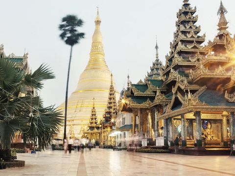 Landmark, Architecture, Place of worship, Temple, Pagoda, Spire, Tower, Building, Sky, Tree,