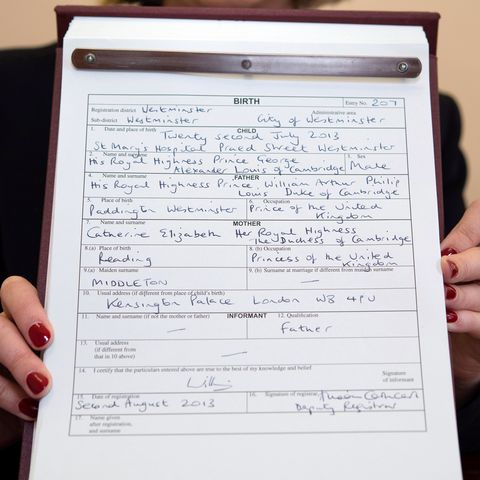 how the birth certificate of prince louis differs from prince george