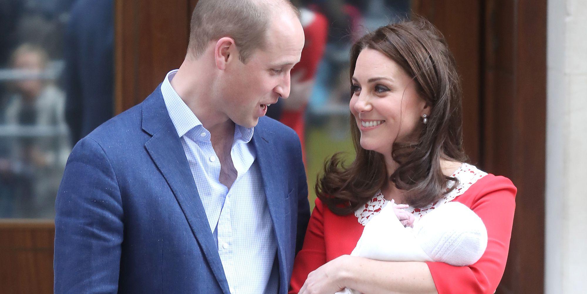 Duke and Duchess of Cambridge release Prince Louis birth certificate