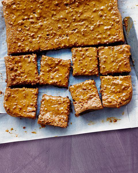 best easy baking recipes biscoff cake