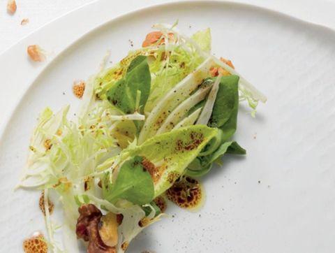 bittere salade walnoten