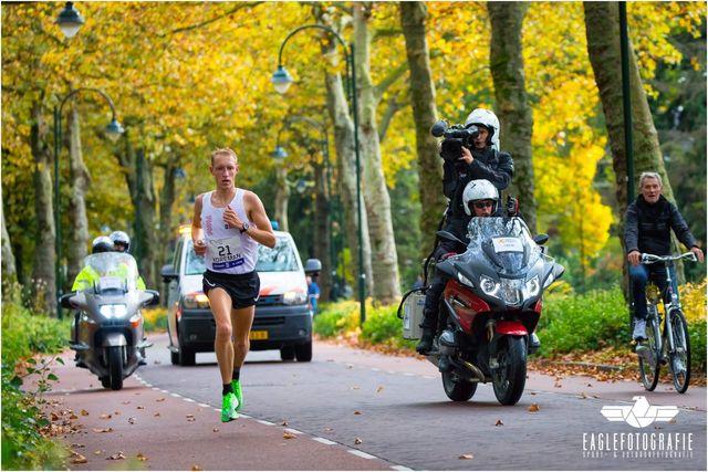 bjorn koreman organiseert zijn eigen marathon in coronatijd
