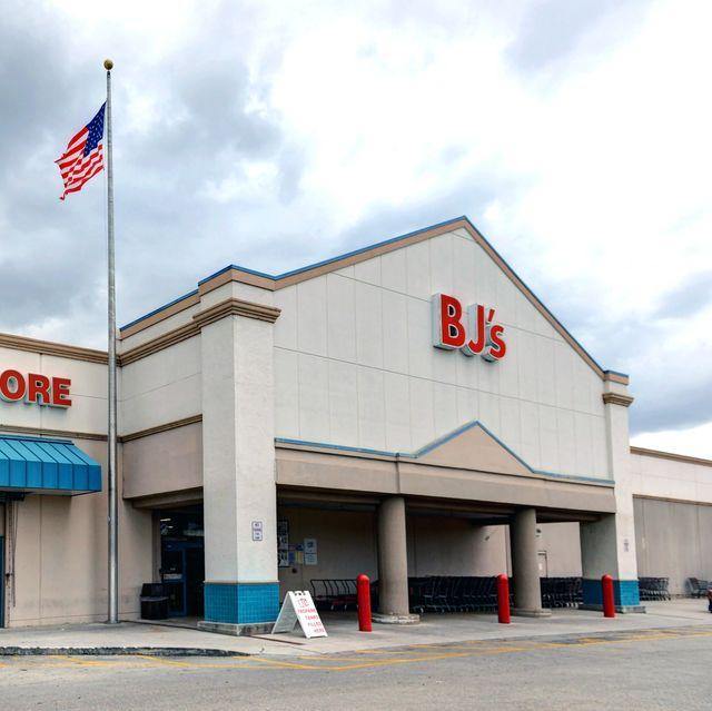 BJs Wholesale Club with liquor store