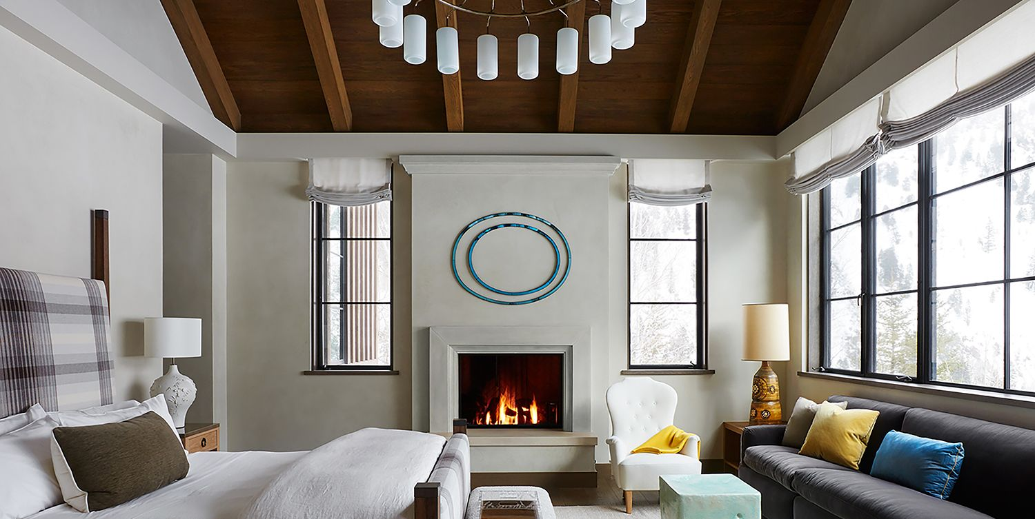 20+ Captivating Bedrooms with Wood Ceilings