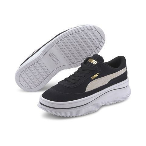 Shoe, Footwear, White, Walking shoe, Skate shoe, Sneakers, Product, Plimsoll shoe, Outdoor shoe, Athletic shoe,