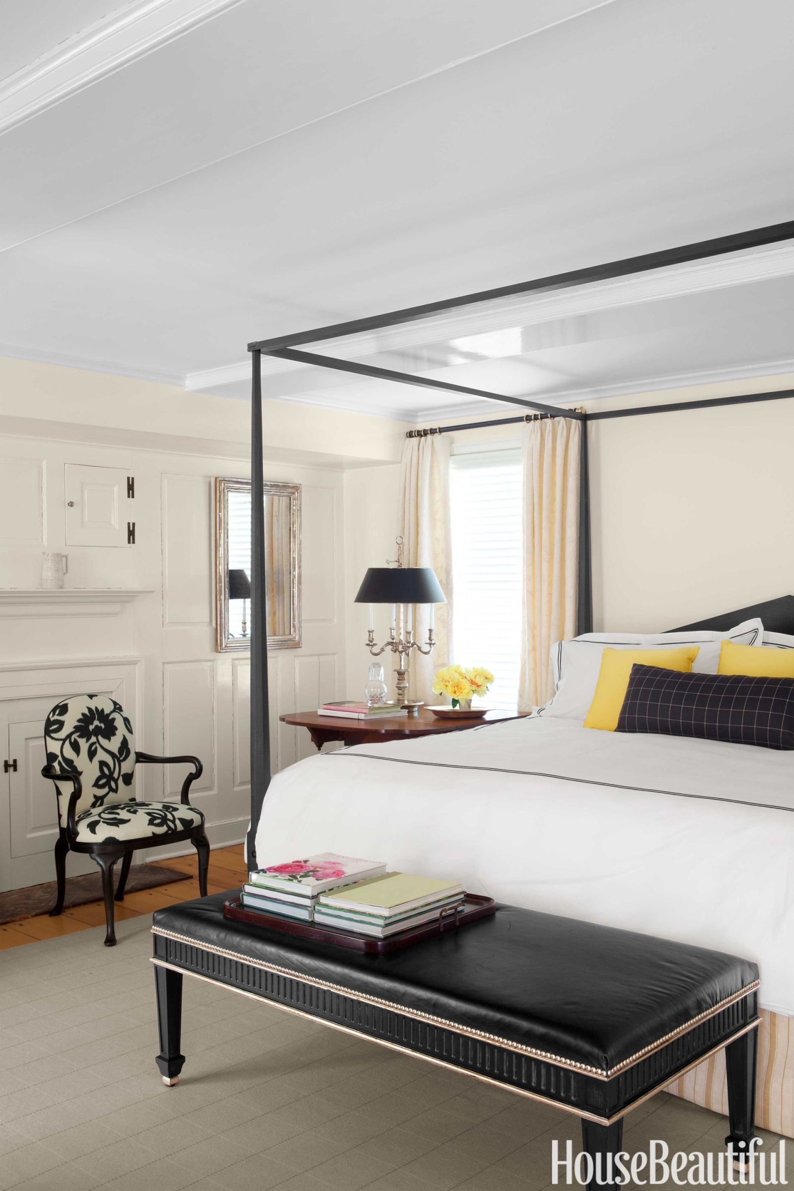 Ordinaire Black And White Bedroom