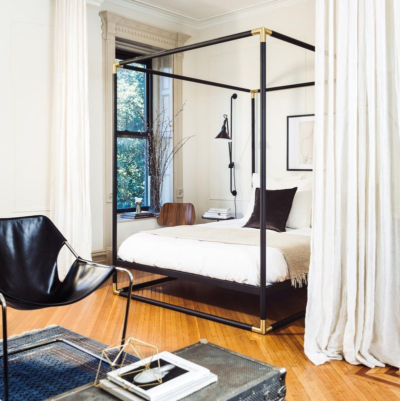 Download Modern Bedroom Decor Black And White  Gif