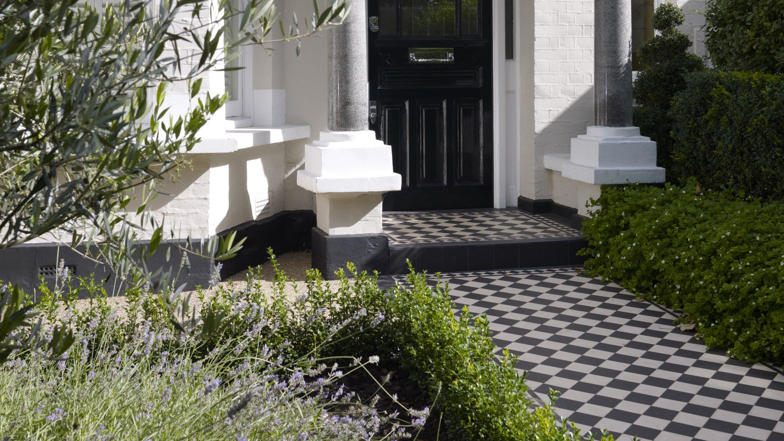 Front gardens: How to get the wow factor all year round