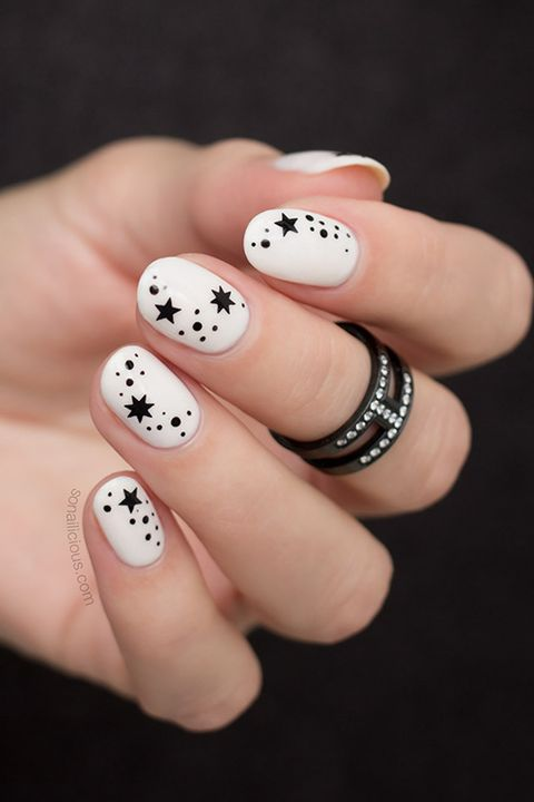 Best White Nail Designs - White Nails With Black Stars