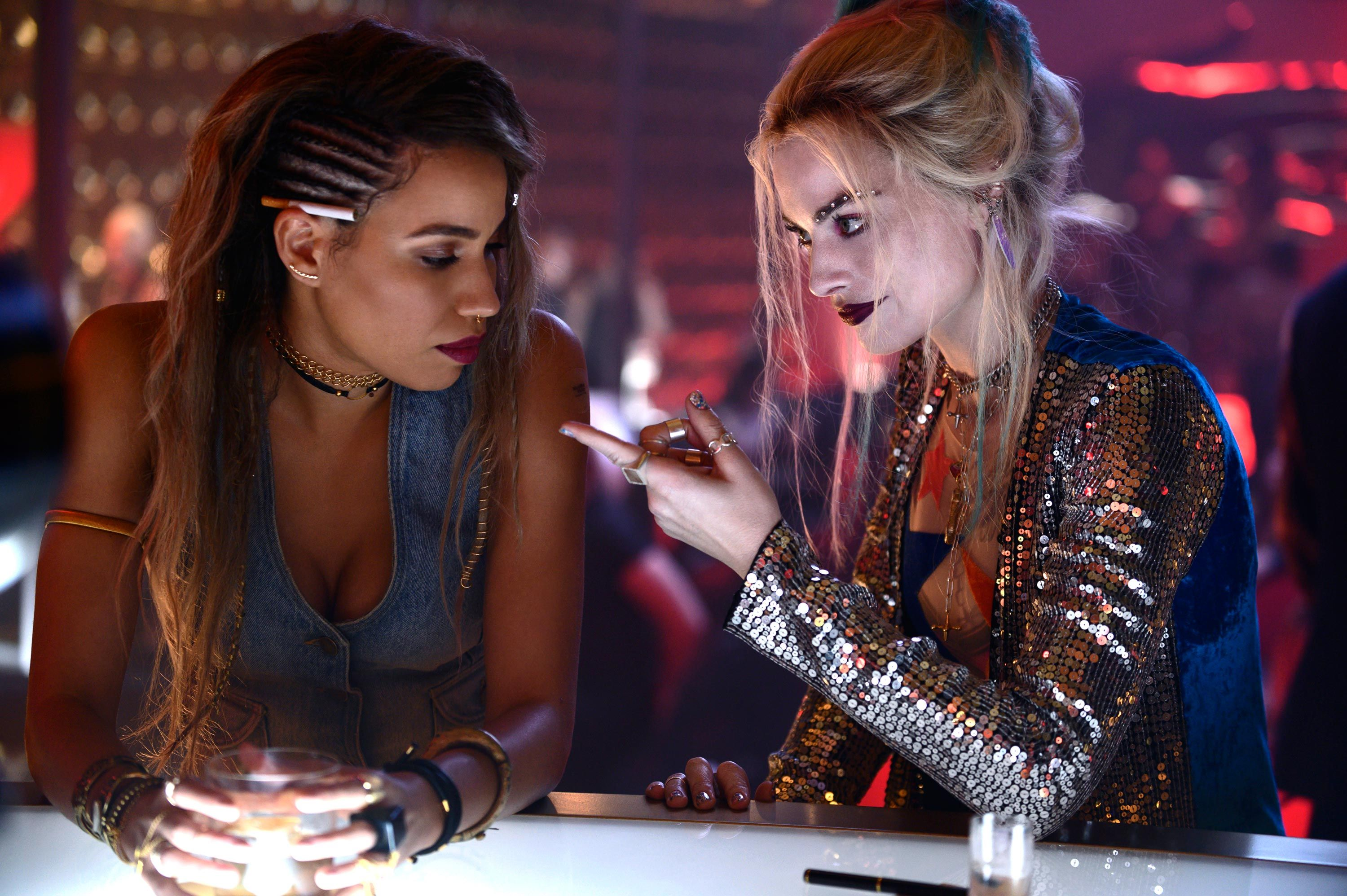 Birds Of Prey Cast Explain How That Hair Tie Moment Came About