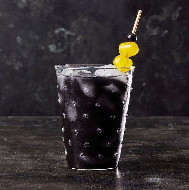 halloween cocktails black charcoal lemonade