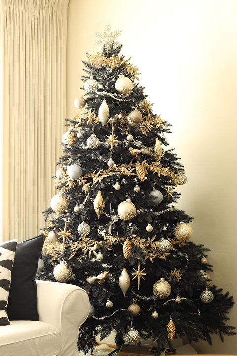 black christmas tree gold ornaments