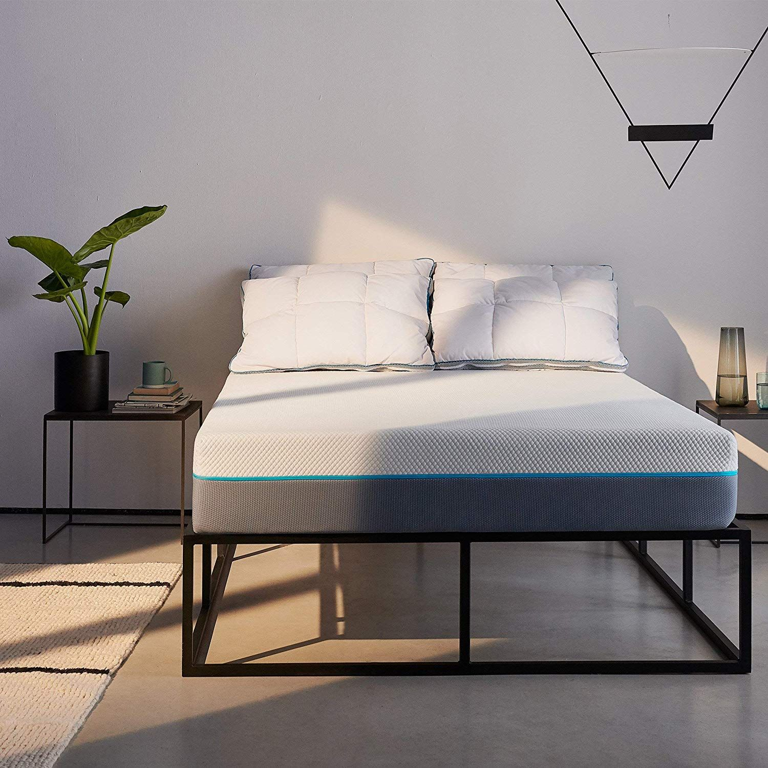 Save 35% on the Simba hybrid mattress on Amazon today!