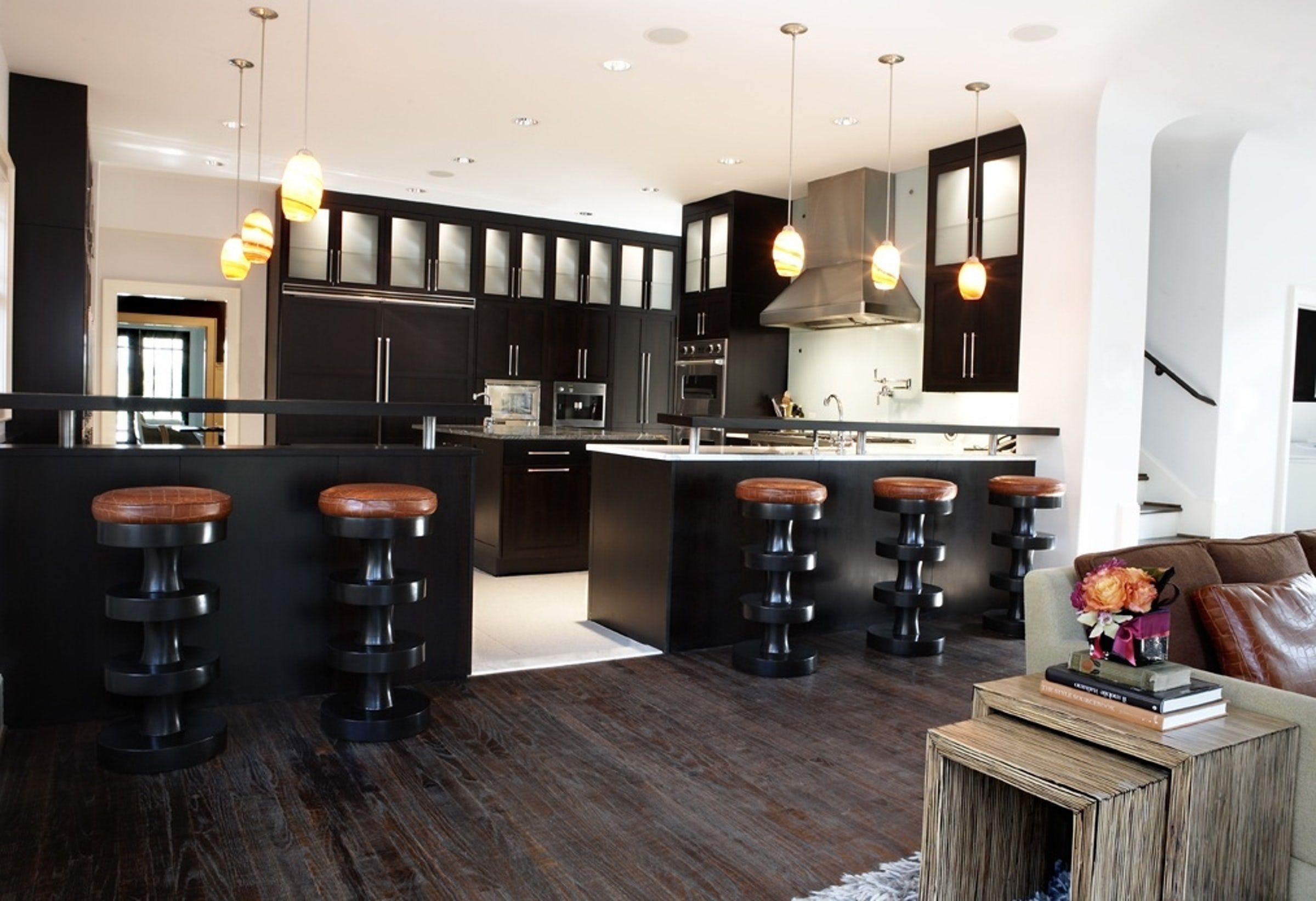 30 Sophisticated Black Kitchen Cabinets - Kitchen Designs ...