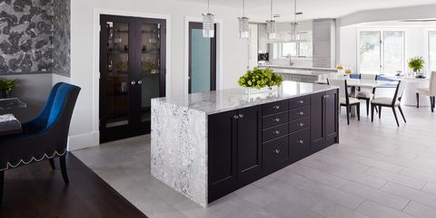 30 Sophisticated Black Kitchen Cabinets - Kitchen Designs With Black on cottage kitchen ideas with dark cabinets, kitchen painting with dark cabinets, kitchen lighting with dark cabinets, kitchen themes with dark cabinets, white kitchen cabinets with dark cabinets, rustic kitchen ideas with dark cabinets, tuscan kitchen with dark cabinets, kitchen flooring with dark cabinets, kitchen rugs with dark cabinets, small kitchen ideas with dark cabinets, kitchen tile ideas with dark cabinets,