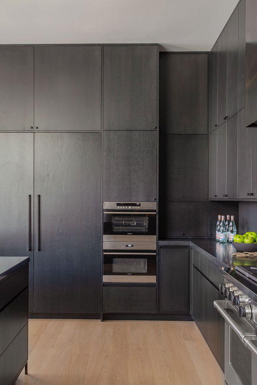 10 Dramatic And Stylish Black Kitchen Ideas