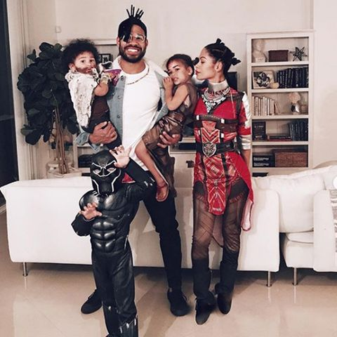 Halloween Ideas 2019 For Family Of 3.30 Best Family Costume Ideas For Halloween 2019 Cute