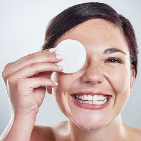 A dermatologist gives us the inside scoop on how to prevent blackheads.