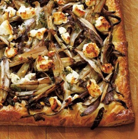 food, dish, cuisine, ingredient, pizza, flatbread, comfort food, produce, recipe, baked goods,