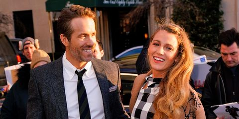 Hair, Hairstyle, Event, Fashion, White-collar worker, Premiere, Suit, Facial hair, Smile, Long hair,