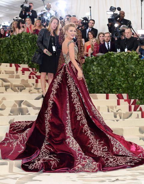 blake lively 布蕾克2018年met gala紅毯造型穿versace