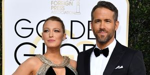 blake-lively-feliciteert-ryan-reynolds