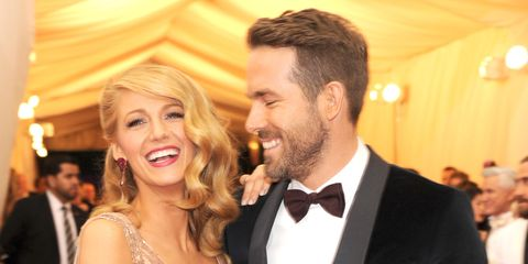 Hair, Facial expression, Facial hair, Hairstyle, Smile, Event, Beard, Fun, Formal wear, Ceremony,
