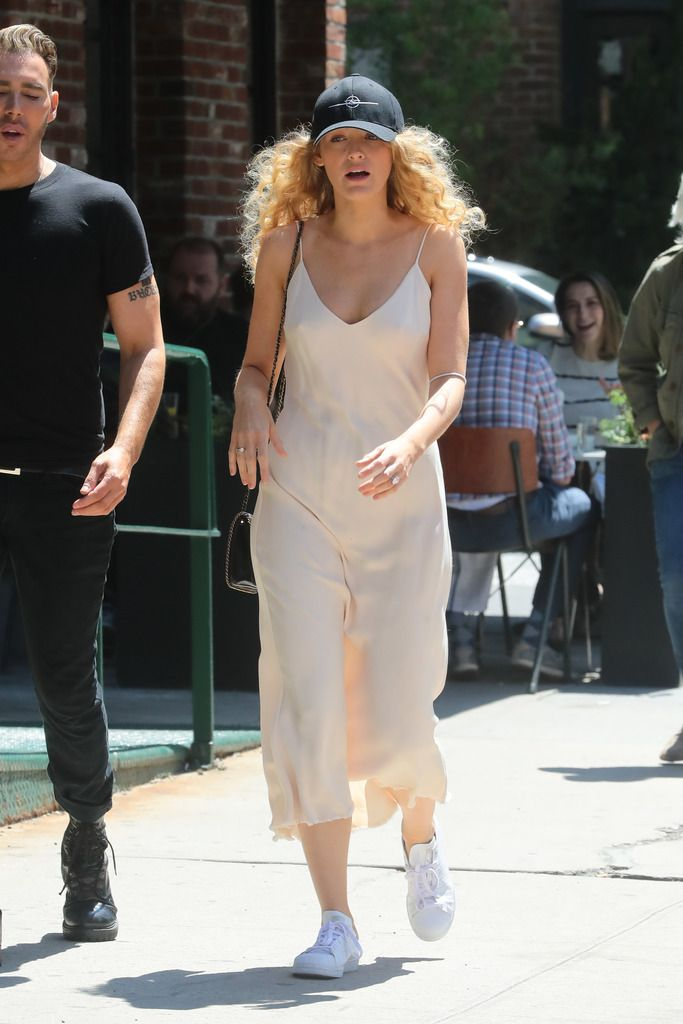 Blake Lively Slip Dress — Blake Lively Street Style 6065bf772