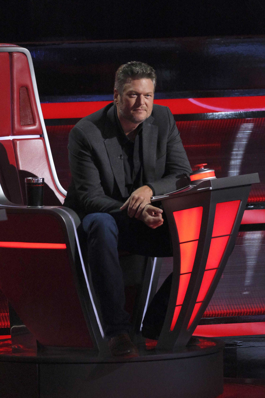 Blake Shelton Christmas Special 2021 Is Blake Shelton Leaving The Voice Blake Shelton S Future On The Voice Beyond 2021