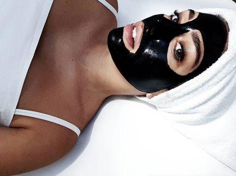 Skin, Eyewear, Beauty, Arm, Lip, Mouth, Black hair, Model, Brown hair,