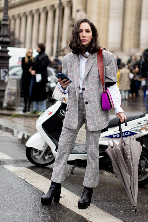 5b66749370c Street Style Stars Prove Oversized Blazers Are a Fall Must-Have