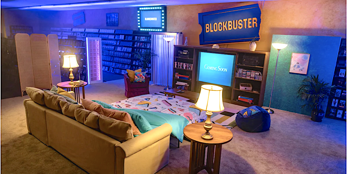 You Can Now Book the Last Blockbuster in America for the Ultimate '90s Sleepover