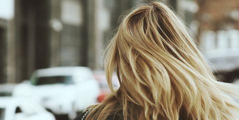 Hair, Blond, Photograph, Hairstyle, Long hair, Beauty, Brown hair, Surfer hair, Street fashion, Shoulder,